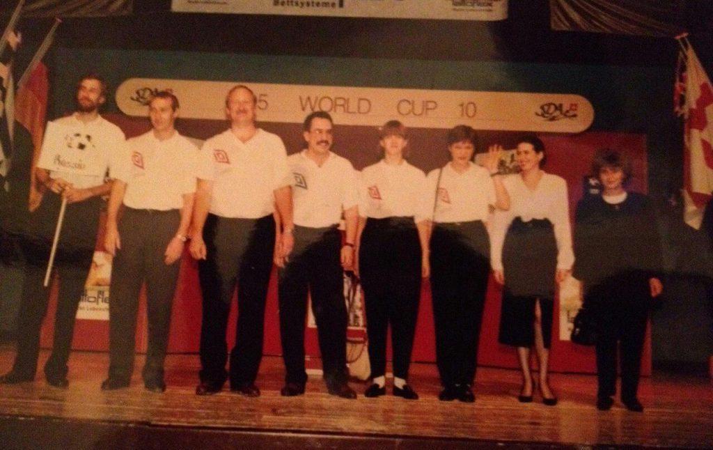 Участники мирового чемпионата по дартсу