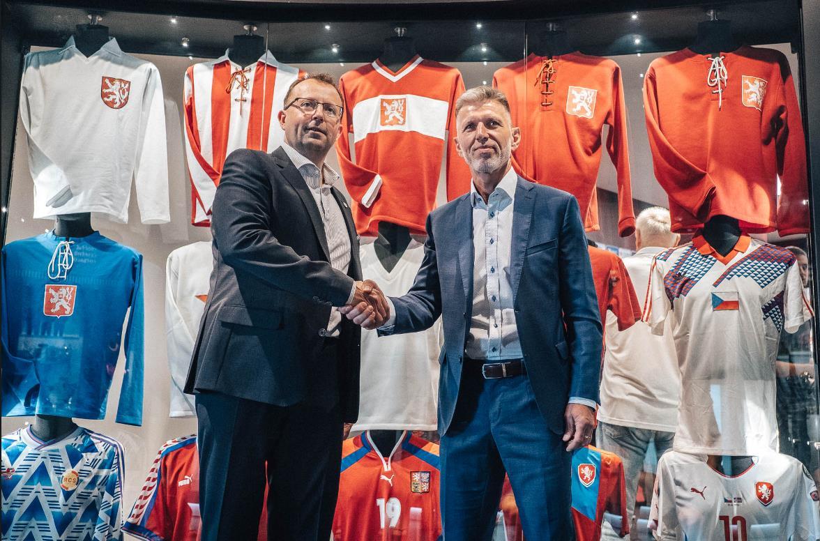 У сборной Чехии новый тренер Ярослав Шилгавы 2