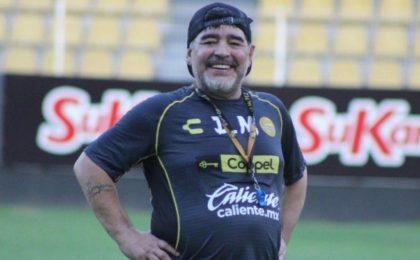 Марадона посоветовал Месси не возвращаться в мировой спорт