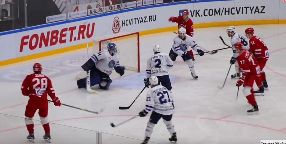 Прогноз на матч КХЛ Амур – Витязь 25.12 2