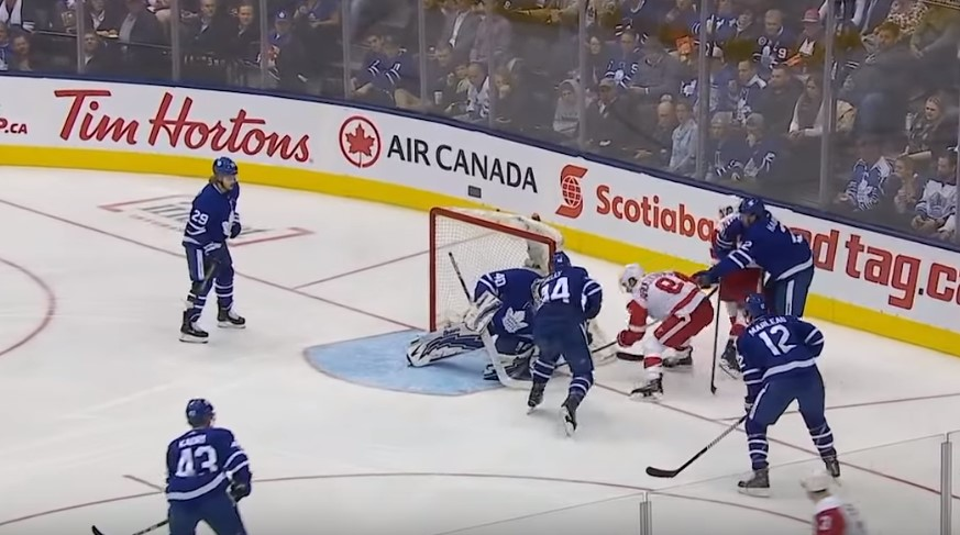 Прогноз на матч НХЛ Торонто – Детройт 24.12 1