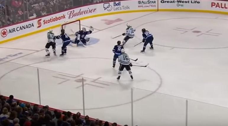 Прогноз на игру НХЛ Бостон – Виннипег 30.01 2