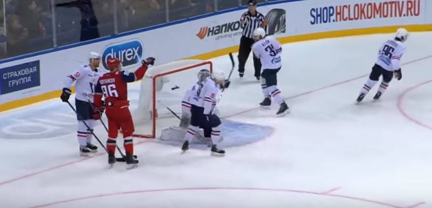 Прогноз на матч Чемпионата КХЛ Торпедо – Локомотив 1.02 2