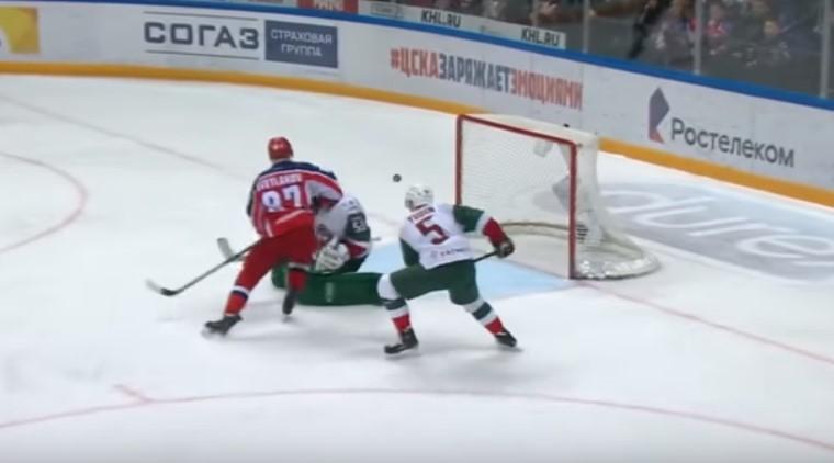 Прогноз на матч КХЛ Автомобилист – Ак Барс 15.02 2