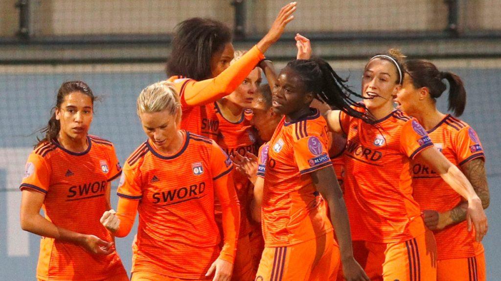 Полуфиналы Лиги Чемпионов у женщин (расклады и прогнозы) 2