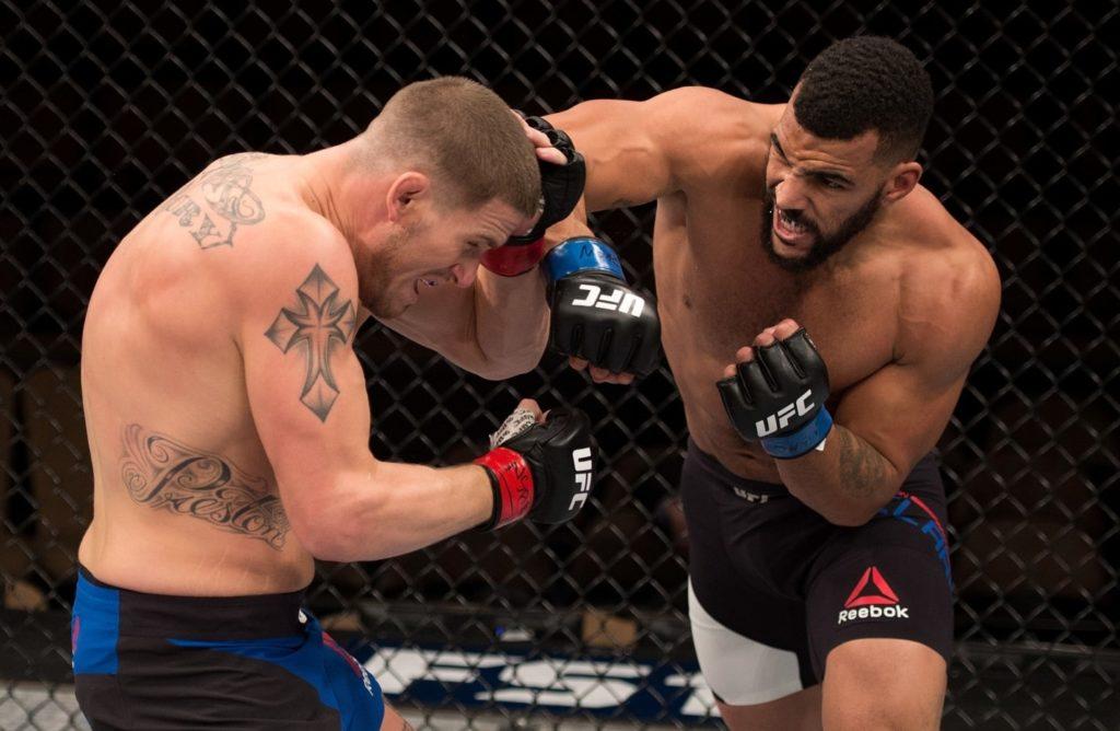 Бой Иван Штырков — Дэвин Кларк. UFC. Санкт-Петербург 2-min
