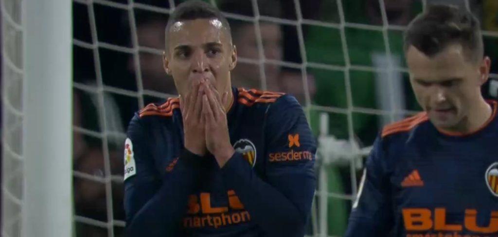 Прогноз на матч ¼ финала Лиги Европы Вильярреал – Валенсия 2