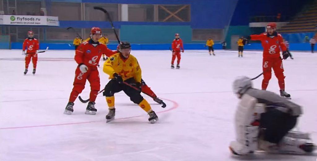 Ставки в БК Фонбет на хоккей с мячом (бэнди) 5