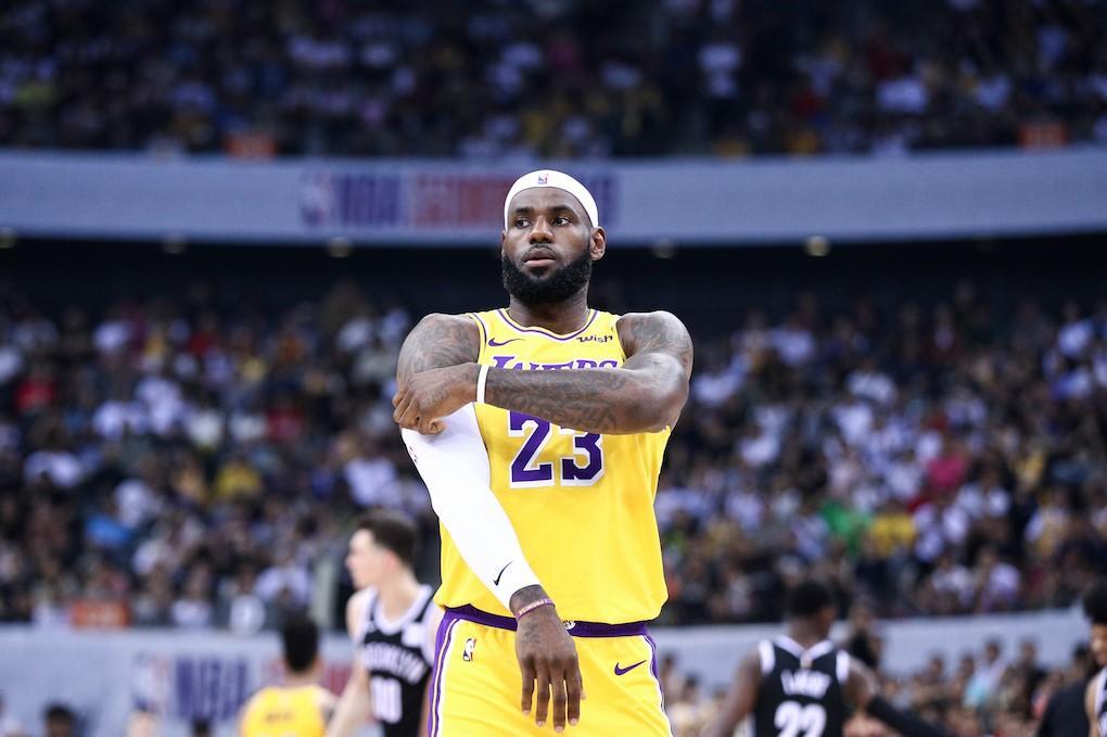 ТОП 10 лучших игроков НБА